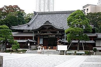 Sengakuji.jpg