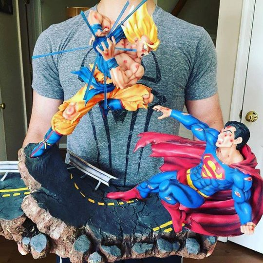 Figurine San Goku vs Superman